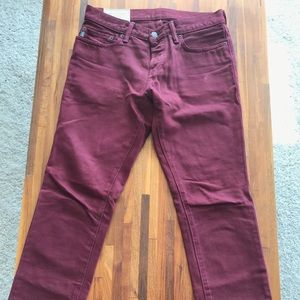 Abercrombie& Fitch mens burgundy jeans